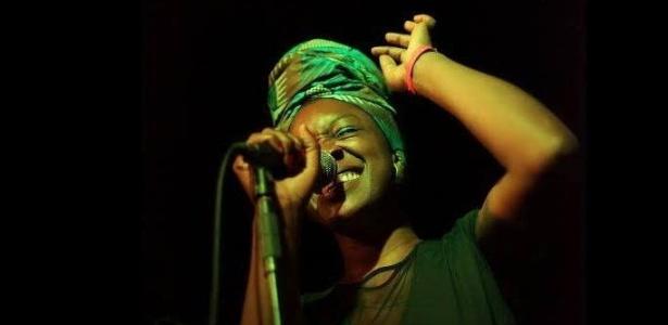 A cantora inglesa Folakemi se apresenta no Sesc Engenho de Dentro dia 20 de novembro