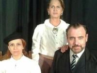 Entra em cartaz em fevereiro a peça 'A Lição' no Teatro Castro Mendes