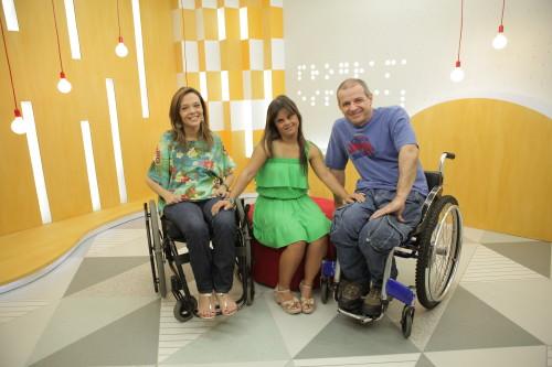 Um time pra lá de especial no comando do programa: Juliana, Fernanda e Zé