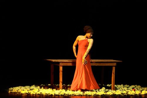Espetáculo A Mesa, de Angola (foto: Rogério Resende)