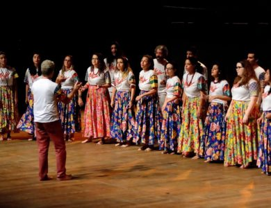 RJ: Coral Altivozapresenta o espetáculoTODOS OS SANTOS dia 28/11 na UERJ