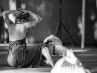 Processos Criativos: Coletivo 22 em Ariô – a corporeidade da loucura