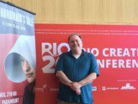 """ARTECULT na RIO2C : Conversamos com Bruce Miller responsável pela aclamada série """"O Conto de Aia"""" (The Handmaid´s Tale)"""