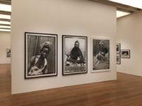 IMS SP – Seydou Keïta, Fotógrafo do Mali descoberto nos anos 90, tem exposição contextualizada nos 130 anos da Abolição da Escravatura