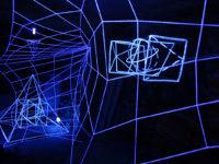 A arte de Sabrina Barrios: alquimia, arte e geometria para conectar um mundo desigual