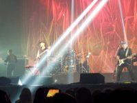 O Amor No Caos: nova turnê de Zeca Baleiro com muita energia e alto astral