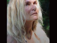 'Relatos' : Primeiro livro de BRita BRazil conta sobre danos mentais e físicos do Ayahuasca (Santo Daime), através dos depoimentos de 43 vítimas.