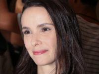 'Se Eu Fechar Os Olhos Agora': Débora Falabella fala sobre sua personagem e a volta para as minisséries.