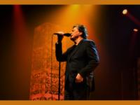 Fábio Jr. no KM de Vantagens Hall: Show repleto de sucessos e mais um dia de casa lotada