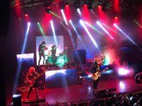"""""""ADEUS, AURORA"""": Nova tour da banda SUPERCOMBO chega ao palco do Circo Voador"""