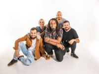 Banda Dois ou Dez fala de loucura no novo single 'Nós'
