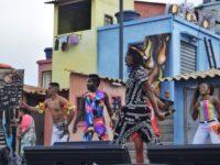 Rock in Rio 2019: Nós no Morro misturou música, teatro, capoeira, malabarismo e futebol