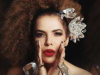 Canções do novo álbum e sucessos da carreira marcam shows de Vanessa da Mata na Casa Natura Musical