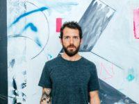 Antônio Bokel inaugura exposição na Casa Voa