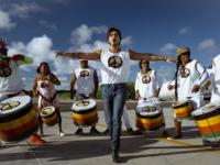 Abençoado por Olodum e Léo Santana, Luan lança hit em versão de Carnaval
