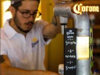 Com novo bar proprietário em São Paulo, Corona traz o clima da praia para a cidade