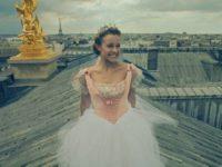 """""""ME ENCONTRA EM PARIS"""": NOVA SÉRIE DO DISNEY CHANNEL ESTREIA NESTA SEGUNDA-FEIRA (13)"""