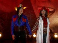 Doze anos depois, Flora e Donatela estão de volta, no Globoplay