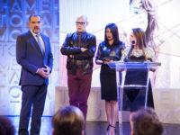 Totalmente Demais – Germano impede Lili de acabar com o concurso 'Garota Totalmente Demais'