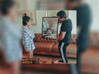 """""""ÁUDIO DE DESCULPAS"""": Manu Gavassi recebe single de platina pela faixa"""