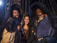 Novo Mundo – Jacinto e Hassan disputam a atenção de Elvira