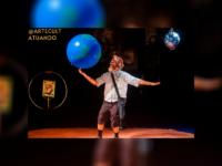 """""""Paulo Freire, o andarilho da utopia"""": Sucesso dos palcos brasileiros, o espetáculo ganha temporada online,  a partir de 5 de setembro, com sessões aos sábados e domingos"""