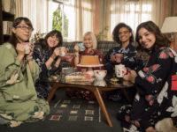 Malhação: Viva a Diferença – Tina volta do Japão e surpreende as amigas