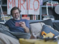 Mais paranoico do que nunca, Murilo começa a flexibilizar sua quarentena na segunda temporada de 'Diário de um Confinado'
