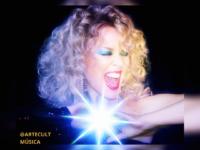 """Kylie Minogue lança """"Disco"""", seu 15° álbum de estúdio"""