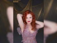 Até que alguém me faça coro pra cantar na rua: Lúcia Menezes nos socorre com um disco de valores permanentes