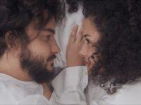 Vito Velasso une indie e MPB em narrativa cinematográfica de clipe de estreia