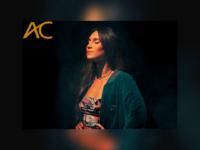 """AC Entrevista – Isadora encerra primeiro volume de """"M21"""" com single inédito """"Ponto Final"""""""