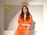 """AC Entrevista – Polliana Aleixo: Atriz fala sobre seus 14 anos de carreira e sua estreia internacional na série """"El Presidente"""""""