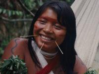 Itaú Cultural Play realiza a pré-estreia nacional de A Última Floresta, filme do diretor Luiz Bolognesi roteirizado com Davi Yanomami