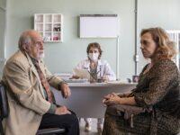 Falta de sangue em hospital e HIV na terceira idade são temas do novo episódio de Sob Pressão